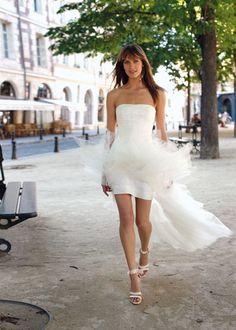 http://mariagetendances.blogspot.fr/2012/07/la-robe-de-mariee-courte.html