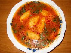 Reteta Supa de rosii cu galuste din categoria Supe de legume. Cu specific romanesc. Vegan Vegetarian, Vegetarian Recipes, Soup Recipes, Cooking Recipes, Good Food, Yummy Food, Romanian Food, Hungarian Recipes, International Recipes