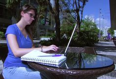 Are Online Distance Learning Courses Capable In Shaping The Future Of Education?