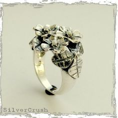 flower ring with freshwater pearls