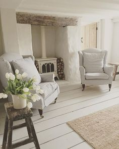Ideas For Kitchen French Country Farmhouse Style Wood Beams White Interior, Home And Living, Living Room Designs, Home Living Room, White Rooms, Cottage Lounge, House Interior, Cottage Living Rooms, Room Design