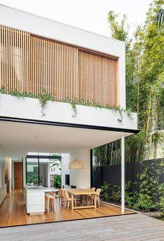 Cloud House Akin Atelier Vitrocsa Australia ® thin aluminium sliding doors is part of Facade house - Exterior Design, Interior And Exterior, Interior Doors, Facade Design, Modern Exterior, Exterior Tradicional, Aluminium Sliding Doors, Sliding Windows, Aluminium Cladding