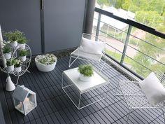 IKEA decking - pebble border around edge of seating? Ikea Outdoor Flooring, Balcony Flooring, Modern Balcony, Small Balcony Decor, Balcony Furniture, Outdoor Furniture Sets, Balcony Chairs, Ikea Deck, Gardens