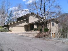 House vacation rental in Lake Lure from VRBO.com! #vacation #rental #travel #vrbo