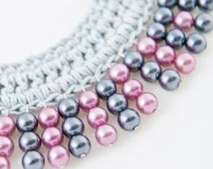 Handmade necklace made with crochet with pearls