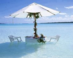 wow.. i will sit there.. ♥ | Beach Paradise