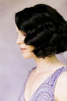 classy 1920s styled hair - photo by Amy Nicole Photography