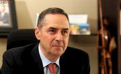 Ministro do STF: Para Barroso, impeachment de Dilma Rousseff dividiu o País