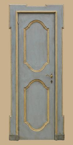 Grey & Gold Door - Traditional Style - Shades of Grey- love the grey with gold accent- not on a door but picture or mirror frame. Interior Paint, Interior And Exterior, Italian Doors, Patina Style, Gold Door, Colorful Interior Design, Grey And Gold, Internal Doors, Painted Doors