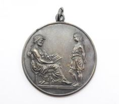Vintage-1950-Sterling-Silver-Union-Star-Classical-Scene-Spelling-Champion-Medal
