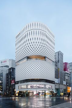 Image 9 of 26 from gallery of Ginza Place / Klein Dytham architecture + TAISEI DESIGN Planners Architects & Engineers. Japan Architecture, Commercial Architecture, Architecture Photo, Beautiful Architecture, Contemporary Architecture, Facade Design, Exterior Design, Best Architects, Parametric Design
