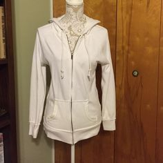 Aerie zip up Very entry worn. No stains or damages aerie Sweaters