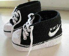 Wonderul DIY Crochet Nike Style Baby Sneakers with FREE Pattern