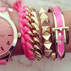 50 Unique Bracelet Watch Stack Ideas to Upgrade Your Wrist Accessories Collection Pandora Jewelry, Jewelry Art, Women Jewelry, Fine Jewelry, Beaded Jewelry, Women Accessories, Jewelry Accessories, Fashion Accessories, Magenta