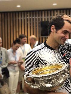 Roger Federer France (@RogerFederer_Fr) | Twitter Open d'Australie 2017 - Roger Federer ému