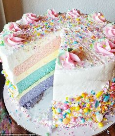Picture perfect: The shop has found popularity in real life and on Instagram... #GlitterCake