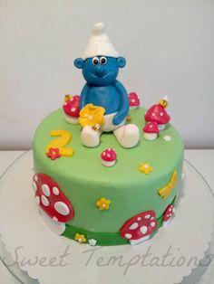 - Smurf birthday cake filled with Strawberrycream.