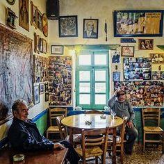 Το καφενείο του μουγγού, Αστυπάλαια Greek Cafe, Greece Today, Coffee Places, Us Sailing, Island 2, Greece Islands, Greece Travel, Athens, Beautiful Places