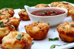 Pizza Puffs--these would also be AWESOME for the lunch box!