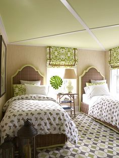 Twin Bed - Design photos, ideas and inspiration. Amazing gallery of interior design and decorating ideas of Twin Bed in bedrooms, girl's rooms, nurseries, boy's rooms by elite interior designers - Page 6 Guest Bedrooms, Guest Room, Cottage Bedrooms, Beautiful Bedrooms, Beautiful Homes, House Beautiful, Home Bedroom, Bedroom Decor, Bedroom Small