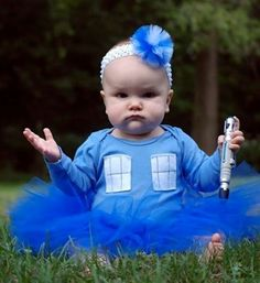 Doctor Who: baby outfit this would make a great gift for some friends of mine