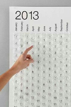 This bubble wrap calendar would be great for a countdown to Christmas or vacation. Use the big bubble ones. Eclectic Artwork, Kalender Design, 2013 Calendar, Countdown Calendar, Calendar Wall, Countdown Ideas, Daily Calendar, School Calendar, Advent Calendars