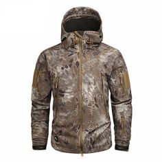 17 Us Army Clothing, Army Clothes, Hunting Clothes, Clothing Items, Camouflage Jacket, Military Camouflage, Military Style, Soft Shell, Tactical Jacket