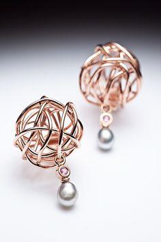 14K rose, perles keishi de Thaïti, saphirs rose