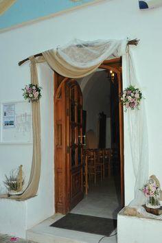 Wedding Flower Decorations, Wedding Flowers, Wedding Day, Wedding Draping, House Entrance, Diy And Crafts, Design, Home Decor, Pi Day Wedding