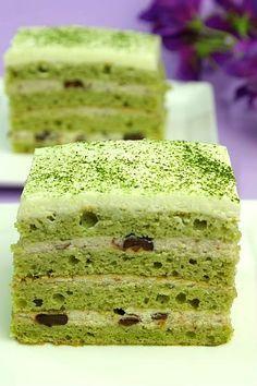 Recipe Matcha Genoise with Azuki Cream Filing by Sugar & Everything Nice - Petit Chef
