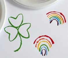 St. Patrick's Day Stamp Art is such an easy art project for kids to try! Totally effortless, but so festive for St. Paddy's Day!
