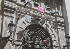 Barrio de las Letras - Decoracción - Ateneo #Madrid #Building #Arquitecture #Design #Spain #Inspiration #Decoracción