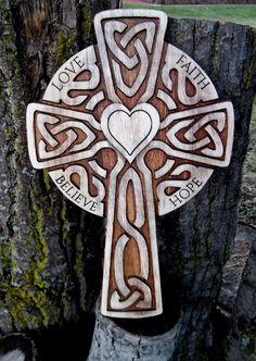 Large Celtic carved wooden cross (rustic) Love Faith Hope Believe Celtic Patterns, Cross Patterns, Celtic Designs, Celtic Symbols, Celtic Art, Celtic Crosses, Christian Artwork, Christian Crosses, Cross Drawing