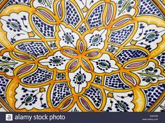 Download this stock image: Sicilian pottery - EHH793 from Alamy's library of millions of high resolution stock photos, illustrations and vectors.