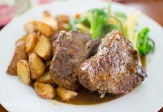 Rosemary Lamb Loin Chops with Mint Gravy | Slimming Eats - Slimming World Recipes
