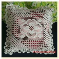 Crochet Pillow Cases, Crochet Cushion Cover, Knit Pillow, Crochet Cushions, Crochet Lace Edging, Crochet Flower Patterns, Crochet Designs, Crochet Doilies, Crochet Decoration