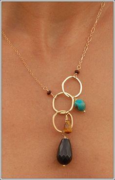 Love this unique necklace...