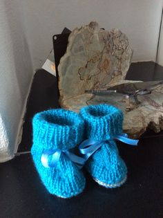 Knitted babybooties