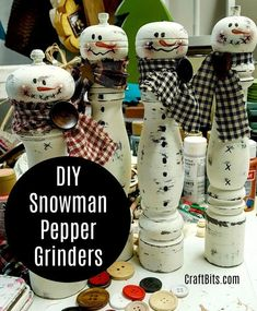 This tutorial shows you how to upcycle an old salt or pepper grinder into an adorable Christmas snowman. Perfect decor for your home this Christmas! Diy Snowman, Christmas Snowman, Snowmen, Christmas Crafts, Christmas Decorations, Christmas Ideas, Christmas Recipes, Christmas Craft Projects, Diy Art Projects
