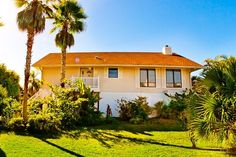 House vacation rental in Private Homes, The Dunes from VRBO.com! #vacation #rental #travel #vrbo Florida Vacation, Vacation Rentals, The Dunes, Ideal Home, Condo, Homes, Explore, Mansions, House Styles