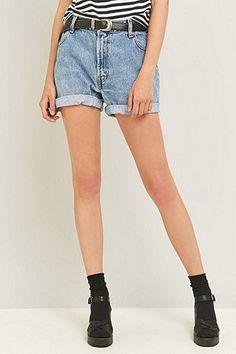 Shop Urban Renewal Vintage Customised Rolled Hem Denim Shorts at Urban Outfitters today. Winter Fashion 2016, Autumn Fashion, Hot Shorts, Denim Shorts, Interview Style, Urban Renewal, Rolled Hem, Hipster Fashion, Business Attire