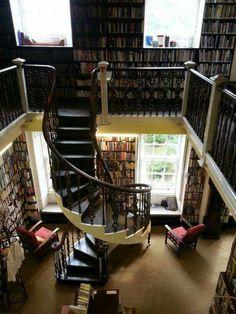 Bromley house library in England