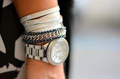 Graffiti Dress - Outfit - Culture & Trend - Jessica Neumann - We Positive and Luca Barra Bracelets