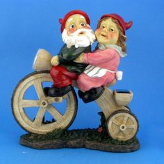 Gnome Couple in love on Tricycle Solar Light 33cm