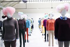 Uniqlo Mannequin Stylings by Nicola Formichetti. Store Window Displays, Display Windows, Fashion Retail Interior, Display Design, Commercial Interiors, Retail Design, Visual Merchandising, Uniqlo, Winter Jackets