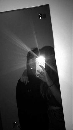 Cute Couple Selfies, Cute Couples Photos, Cute Couple Pictures, Cute Couples Goals, Love Photos, Cute Relationship Pictures, Cute Relationships, Applis Photo, Fake Photo