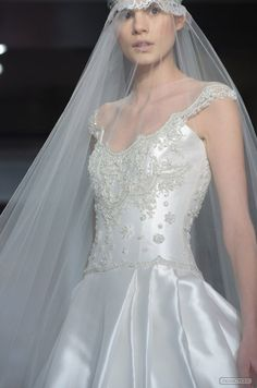 Reem Acra, Bridal Elevated, Avant Garde Wedding Materials, photo by Charles Beckwith