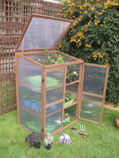 Wooden Growhouse, Small Greenhouse