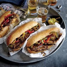 This Chicago Style Italian Beef Hoagies Recipe uses chuck roast to give this sandwich recipe big fla . Hoagie Sandwiches, Italian Beef Sandwiches, Healthy Sandwiches, Wrap Sandwiches, Sandwich Recipes, Dog Recipes, Italian Beef Recipes, Crockpot Recipes, Cooking Recipes