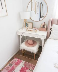 21 Best Small bedroom vanity images | Makeup rooms, Room ...